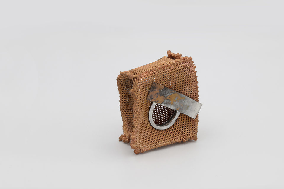 mesh box with silver decoration