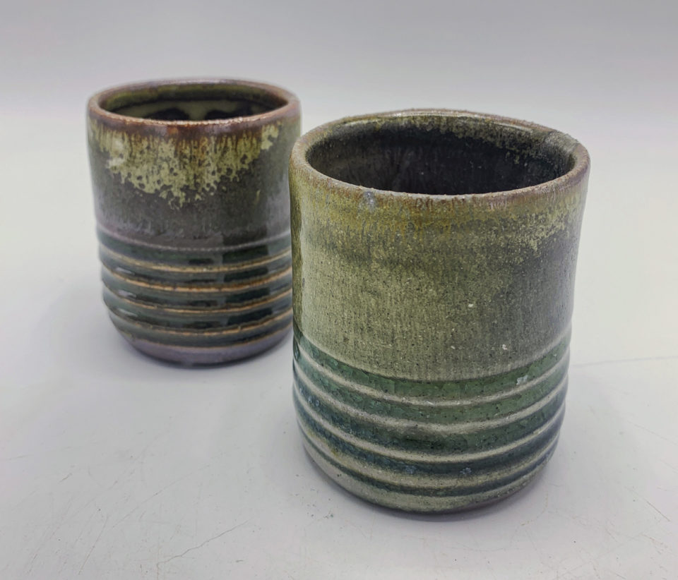 Set of tumblers with ripples