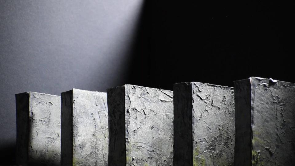 Monolith blocks of varying sizes