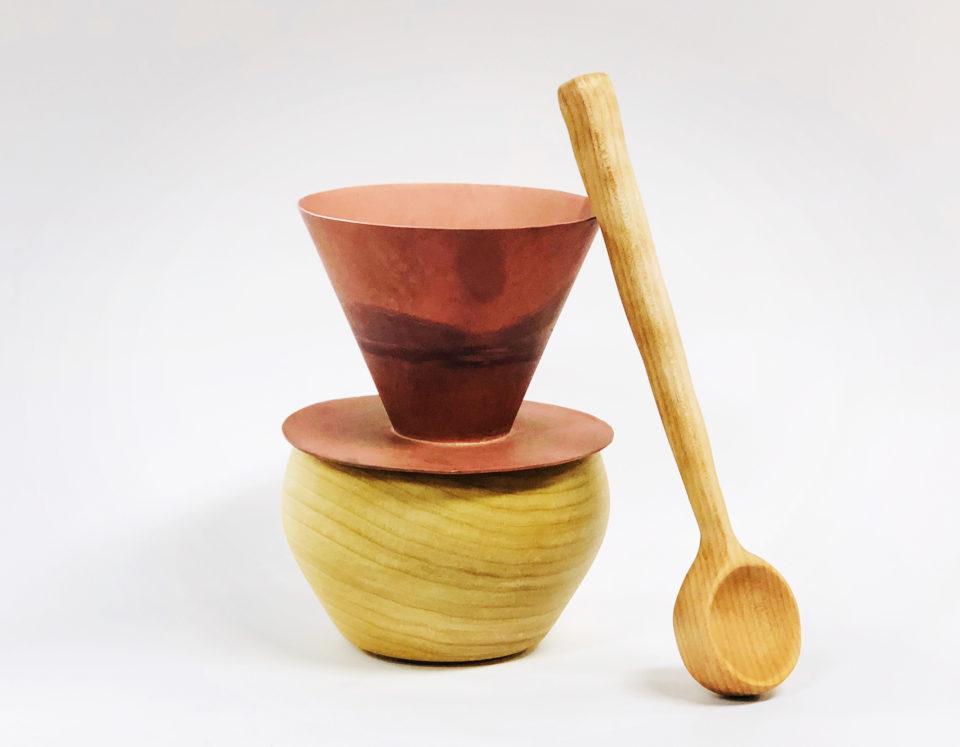 Small decorative copper pour over set